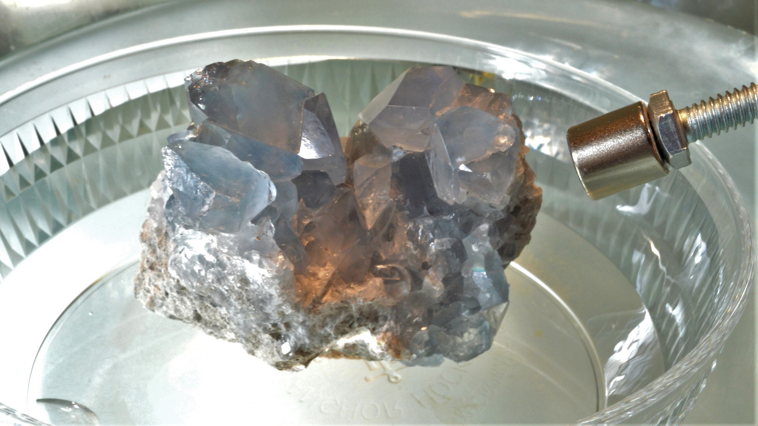 Теплопроводность и термическая инерция драгоценных камней